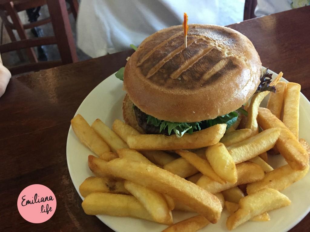 01 rest eddys hamburguer