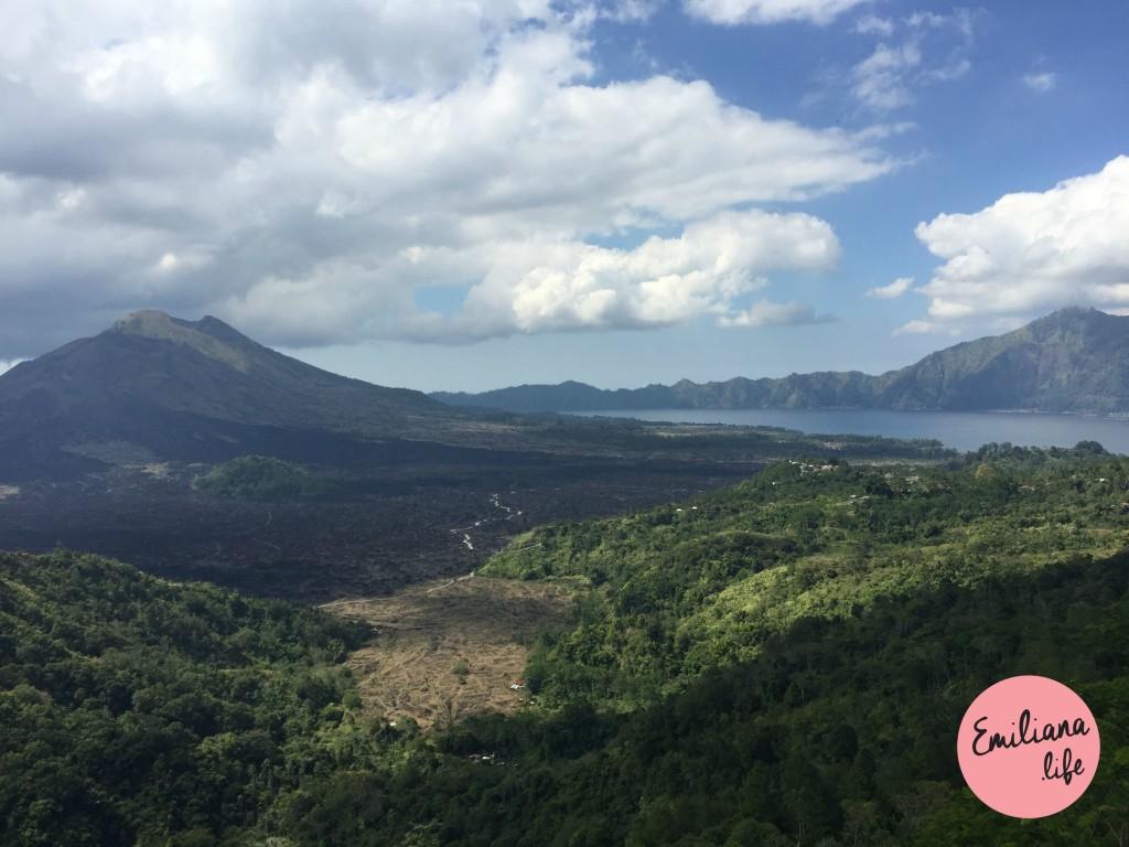 74 foto vulcao e lago juntos
