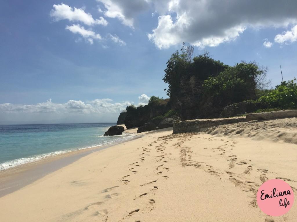 75 pedras e praia dreamland