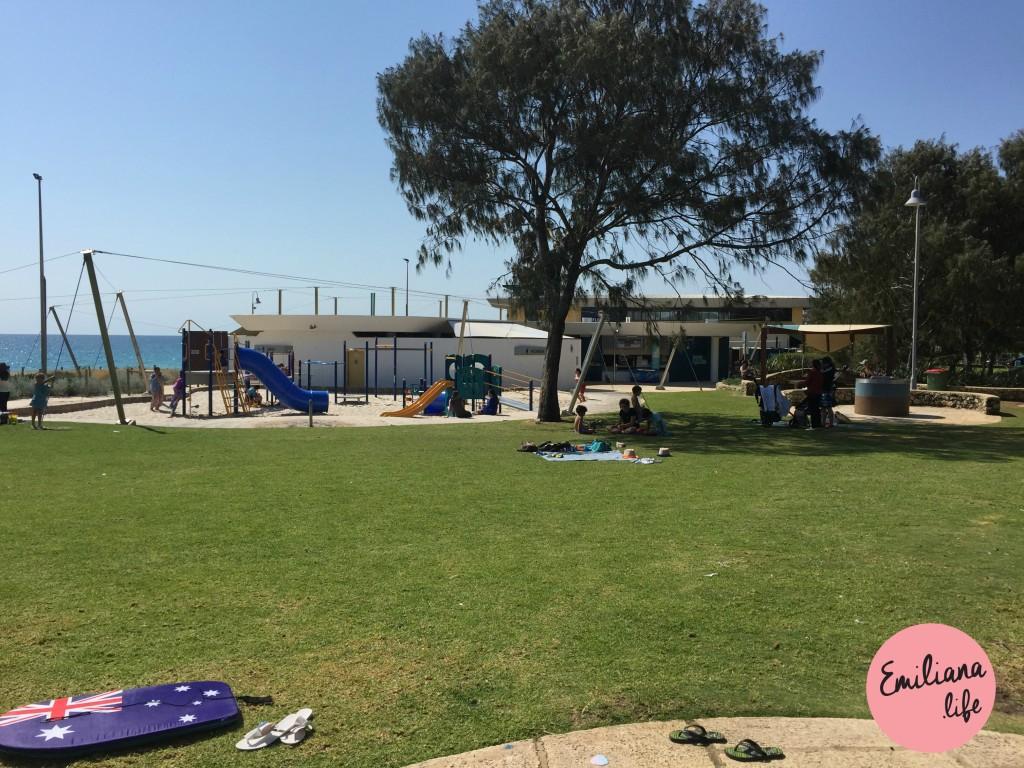 08 parque floreat beach