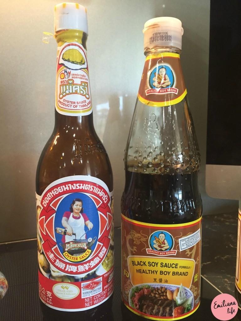 710 black soy sauce thai